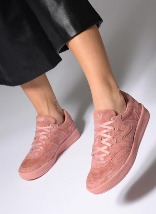 Trainers New Balance WRT300 Pink view from underneath / model view