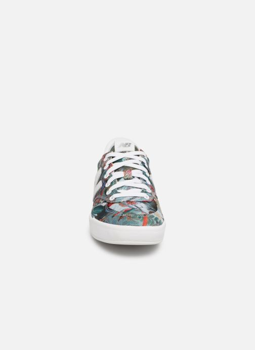 Baskets New Balance WRT300 Multicolore vue portées chaussures
