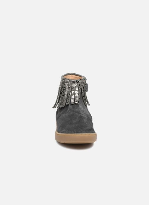 Ankle boots Shoo Pom Play Fringe Grey model view