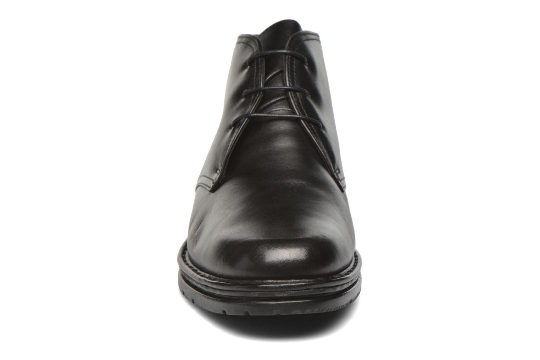 Chaussures à lacets Fluchos Galaxi 3130 Noir vue portées chaussures