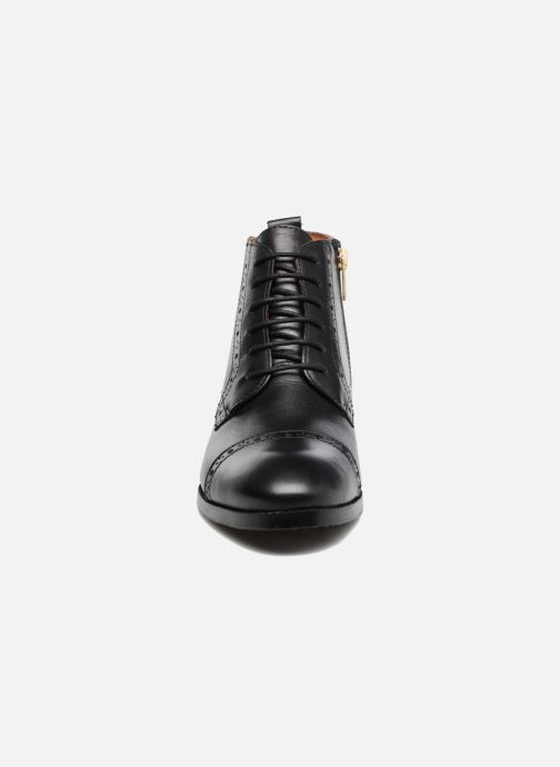 Botines  Pikolinos Royal W4D-8717 Negro vista del modelo