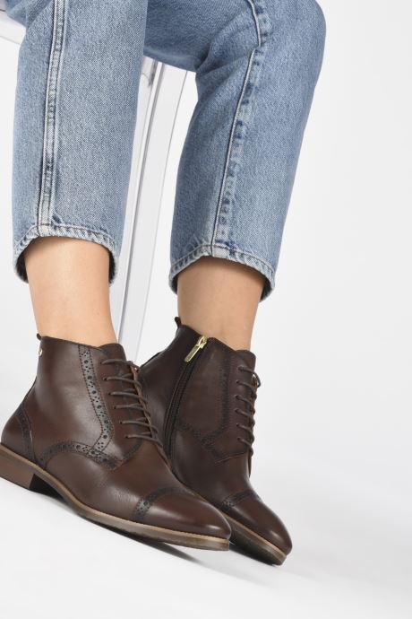 Bottines et boots Pikolinos Royal W4D-8717 Marron vue bas / vue portée sac