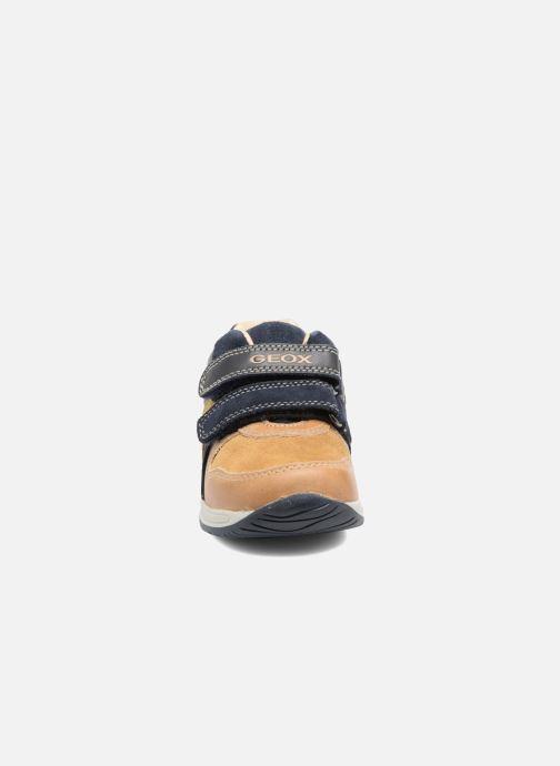 Baskets Geox B Rishon B. A B640RA Marron vue portées chaussures