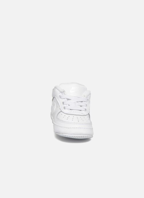 Pantoffels Nike Nike Force 1 (Cb) Wit model