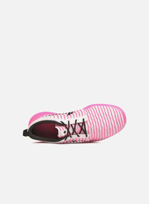 Trainers Nike Nike Roshe Two Flyknit (Gs) Pink view from the left