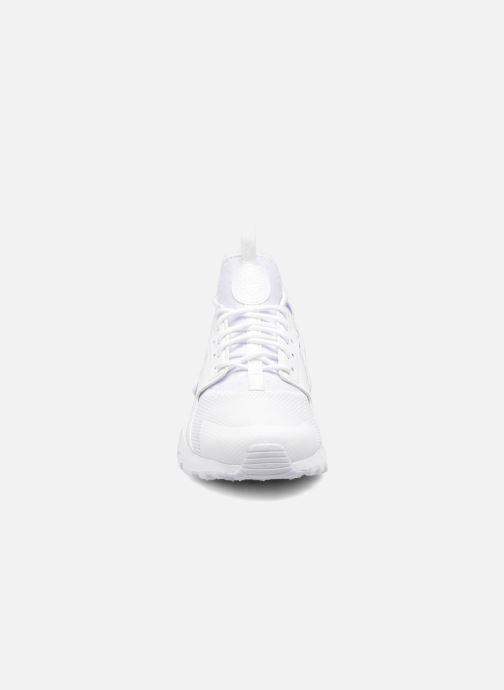 Sneaker Nike Nike Air Huarache Run Ultra Gs weiß schuhe getragen