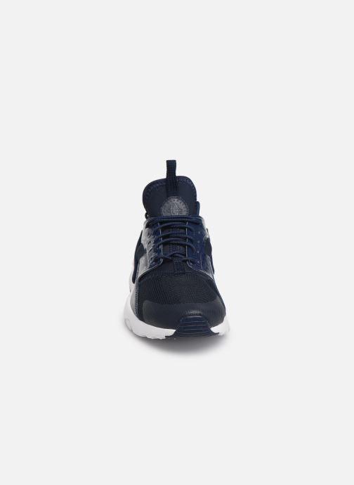 Baskets Nike Nike Air Huarache Run Ultra Gs Bleu vue portées chaussures