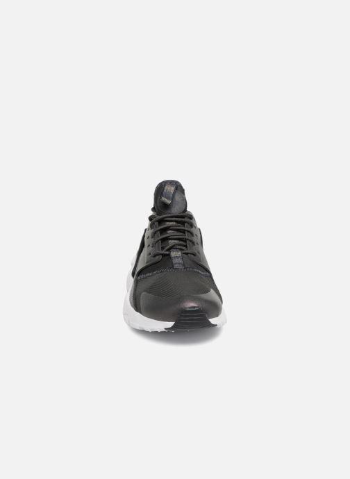 Sneaker Nike Air Huarache Run Ultra PRM GS schwarz schuhe getragen
