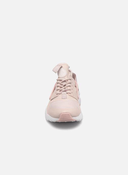 Sneaker Nike Air Huarache Run Ultra PRM GS rosa schuhe getragen