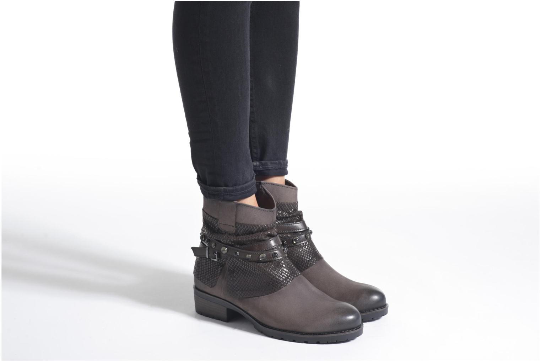 Bottines et boots Tamaris Dietes Noir vue bas / vue portée sac