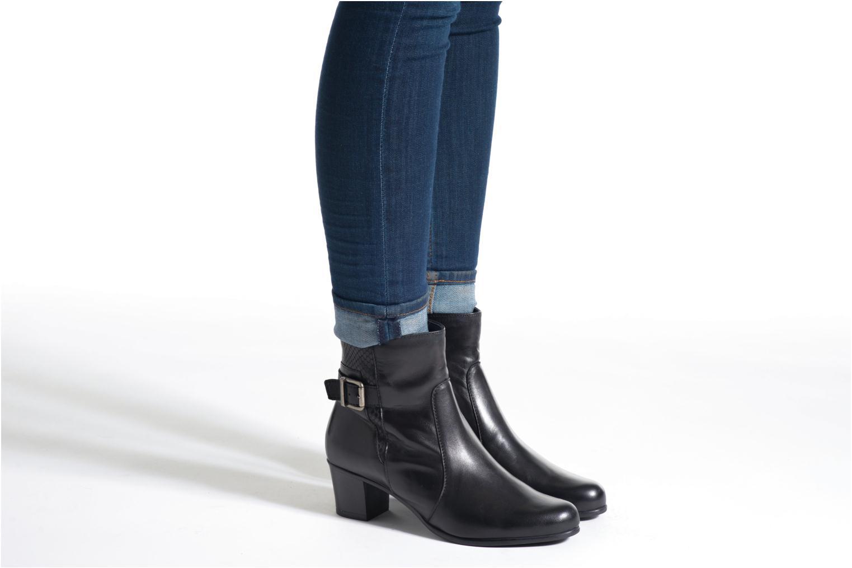 Bottines et boots Tamaris Lycium Noir vue bas / vue portée sac