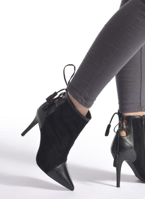 Bottines et boots San Marina Vampira Noir vue bas / vue portée sac