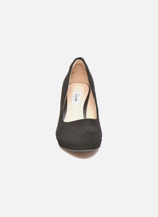 Escarpins Clarks Kendra Sienna Noir vue portées chaussures
