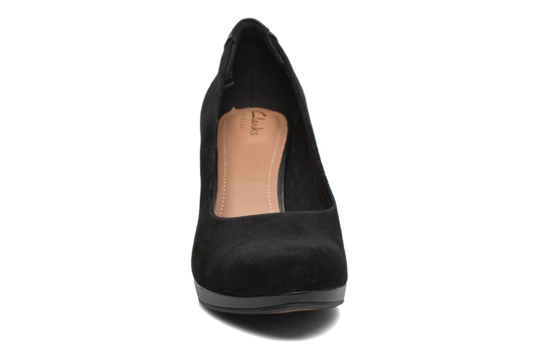 Escarpins Clarks Chorus Chic Noir vue portées chaussures