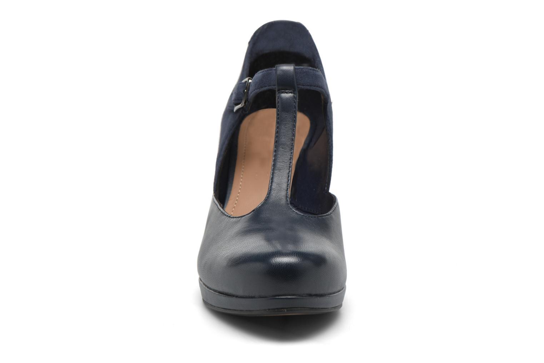 Escarpins Clarks Chorus Gia Bleu vue portées chaussures