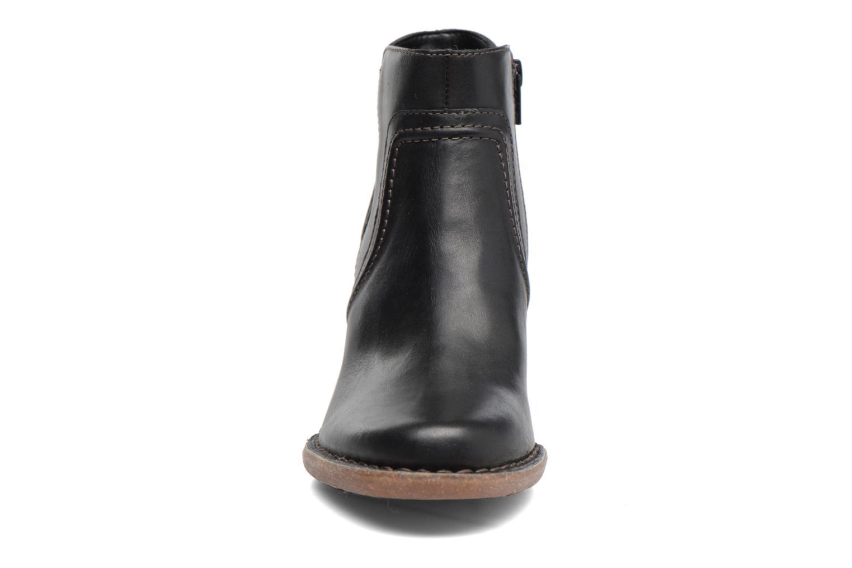 Bottines et boots Clarks Carleta Paris Noir vue portées chaussures