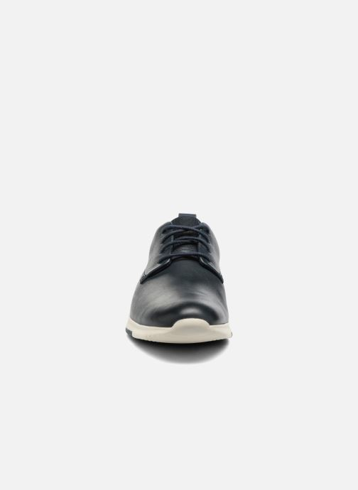 Chaussures à lacets Clarks Tynamo Walk Bleu vue portées chaussures