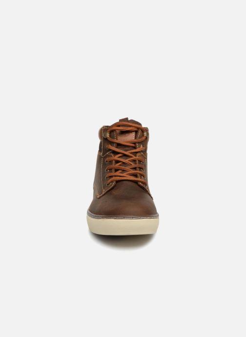 Baskets Dockers Emil Marron vue portées chaussures