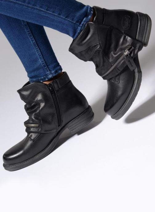 Ankle boots Dockers Nikol Black view from underneath / model view