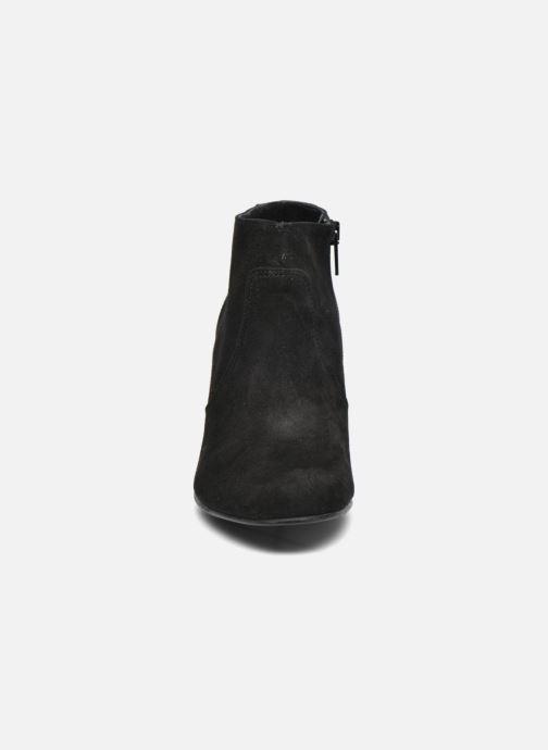 Ankelstøvler COSMOPARIS Larra/Bi Sort se skoene på