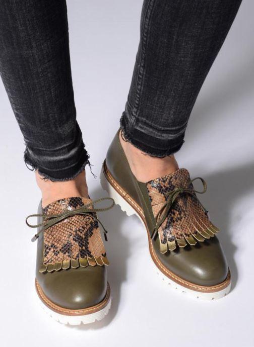 Mocassins Made by SARENZA Busy Girl Chaussures à Lacets #2 Vert vue bas / vue portée sac