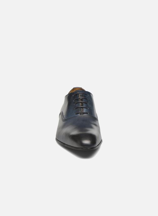 Scarpe con lacci Marvin&Co Norwich Azzurro modello indossato