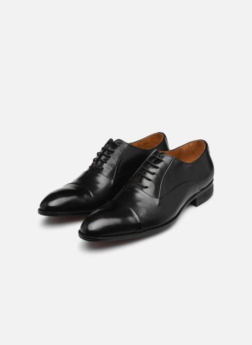 Lace-up shoes Marvin&co Norwood Black view from underneath / model view