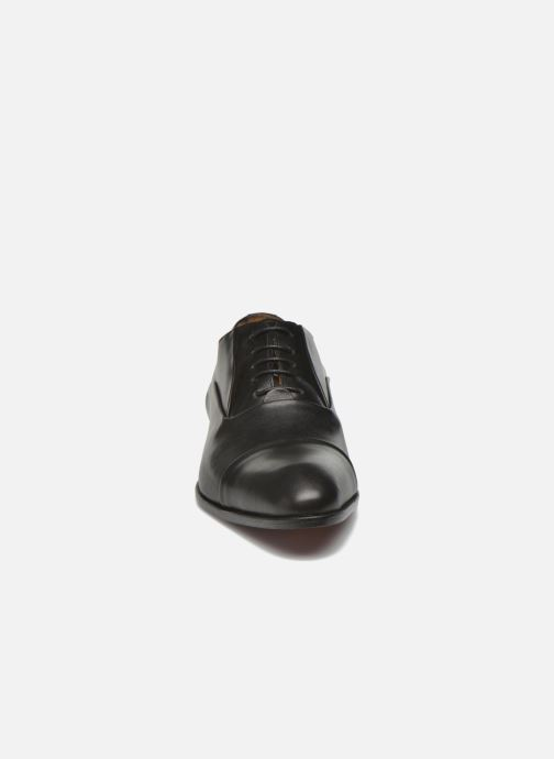 Zapatos con cordones Marvin&Co Norwood Negro vista del modelo