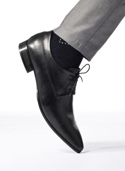 Chaussures à lacets Marvin&Co Notton Noir vue bas / vue portée sac