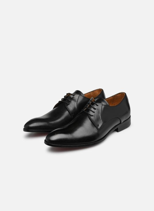 Lace-up shoes Marvin&co Needham Black view from underneath / model view