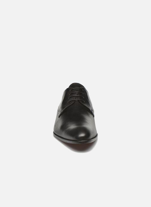 Scarpe con lacci Marvin&Co Needham Nero modello indossato
