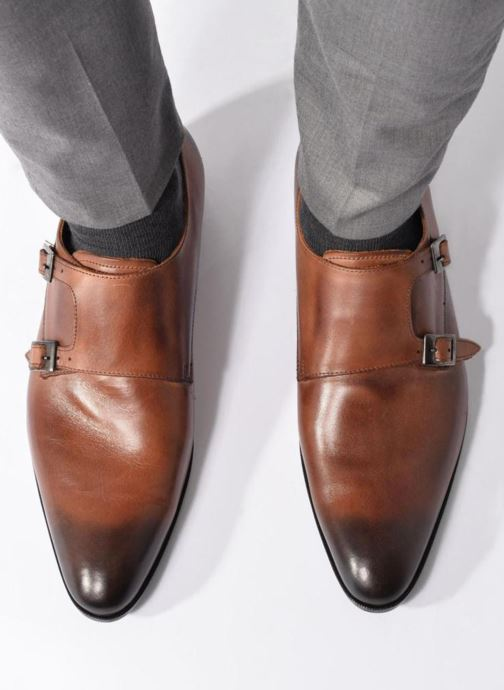Slipper Marvin&Co Newmills braun ansicht von unten / tasche getragen