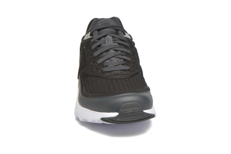 Baskets Nike Nike Air Max Bw Ultra Se Noir vue portées chaussures