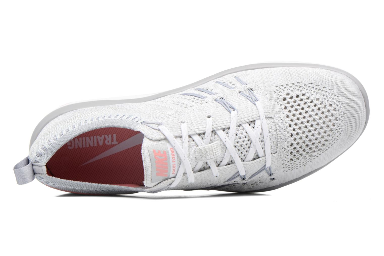 Sport shoes Nike W Nike Free Tr Focus Flyknit White view from the left
