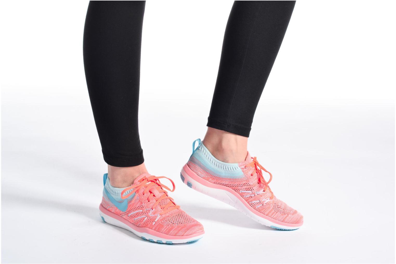 Sportssko Nike W Nike Free Tr Focus Flyknit Blå se forneden