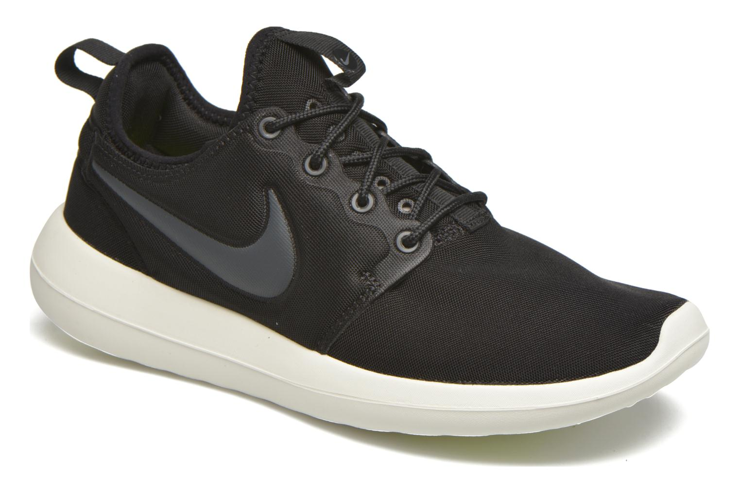 Baskets Nike W Nike Roshe Two Noir vue détail/paire