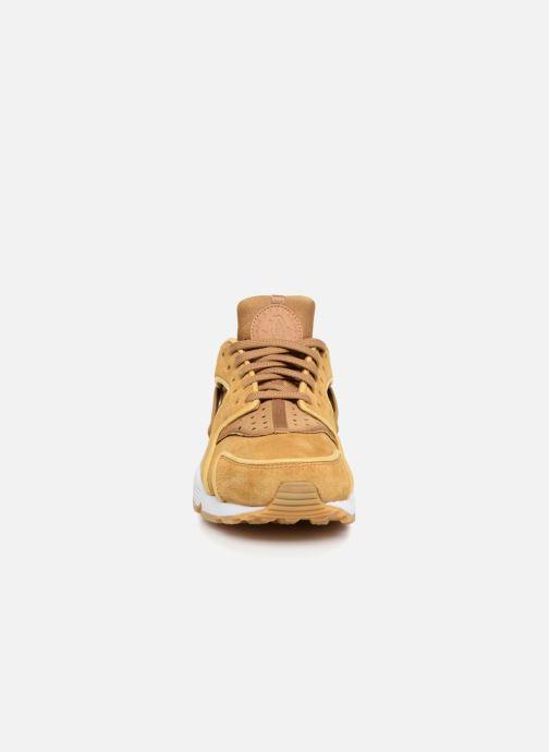 Baskets Nike Wmns Air Huarache Run Prm Jaune vue portées chaussures