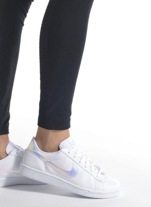 Deportivas Nike Wmns Tennis Classic Prm Negro vista de abajo