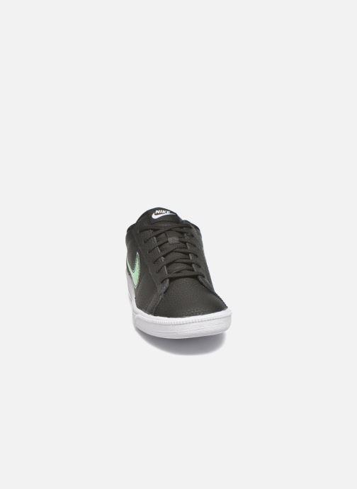 Baskets Nike Wmns Tennis Classic Prm Noir vue portées chaussures