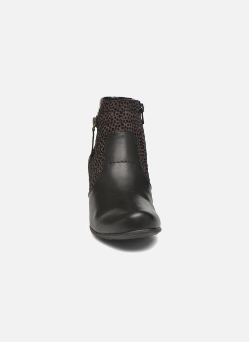 Ankle boots Jana shoes Lisette Black model view