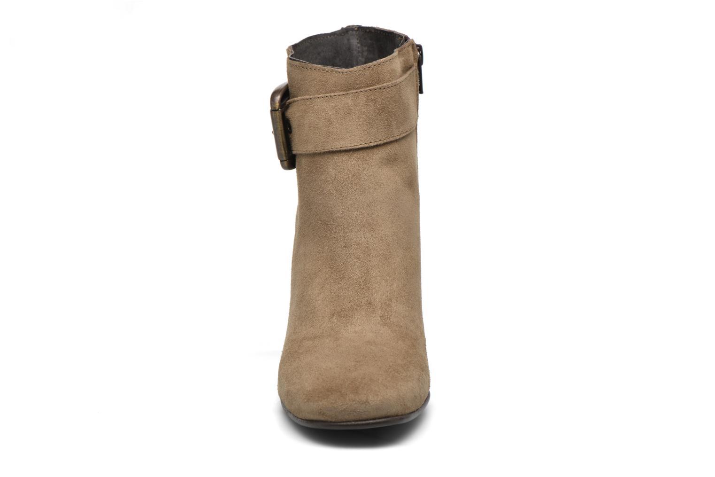 Bottines et boots Georgia Rose Mabouk Beige vue portées chaussures