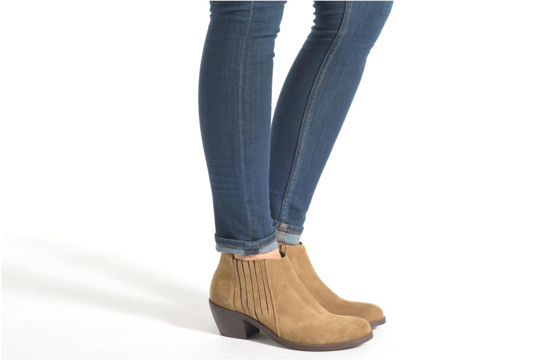 Bottines et boots Georgia Rose Matiag Marron vue bas / vue portée sac