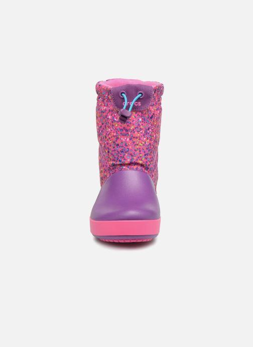 Bottes Crocs Crocband Lodgepoint Graphic K Rose vue portées chaussures