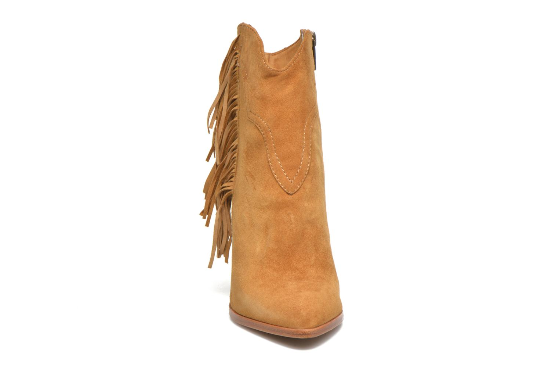 Bottines et boots Frye Remy Fringe Short Beige vue portées chaussures