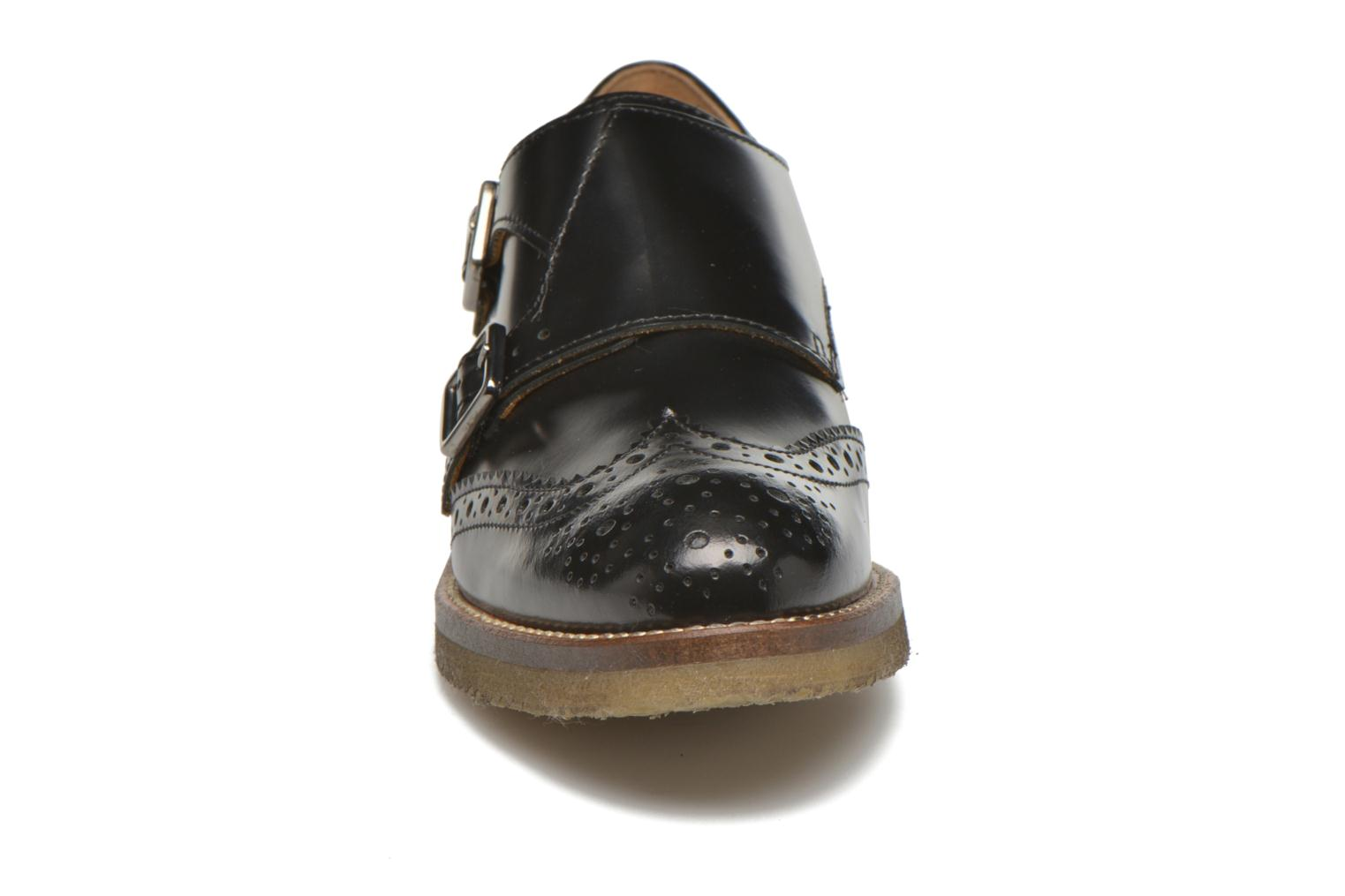 Loafers Minelli Baxe Black model view
