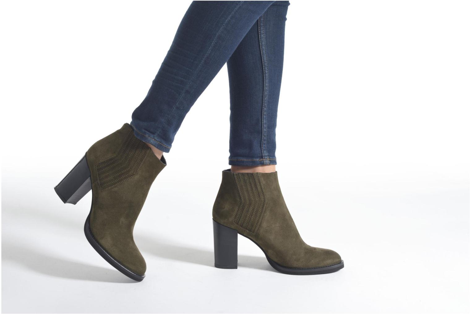 Ankle boots Minelli Yvare Green view from underneath / model view