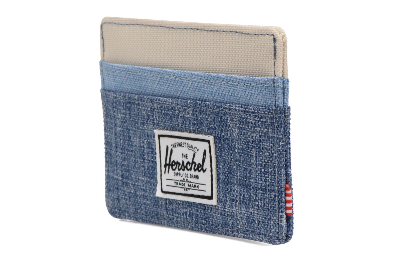 Petite Maroquinerie Herschel CHARLIE Porte-cartes Bleu vue portées chaussures