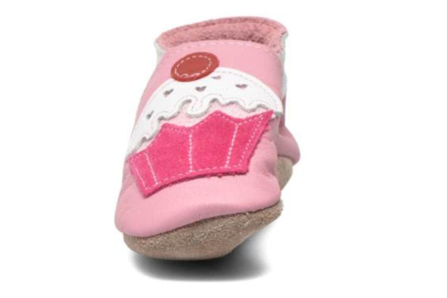 Chaussons Inch Blue Little Cupcake Rose vue portées chaussures