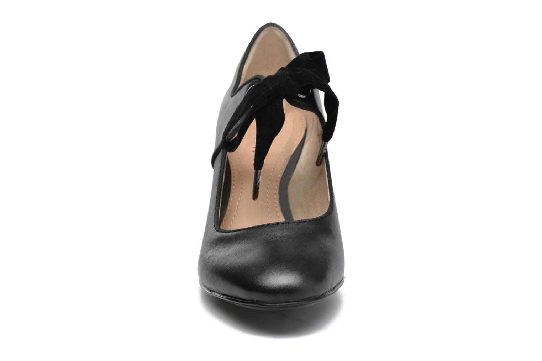 Zapatos de tacón Hush Puppies Margot Langdon Negro vista del modelo