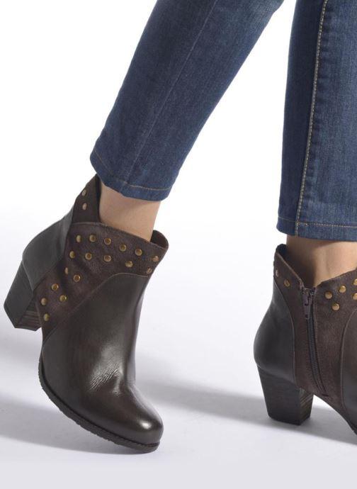 Bottines et boots Hush Puppies KRIS Marron vue bas / vue portée sac